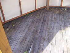 deck cleaning washing before with mould