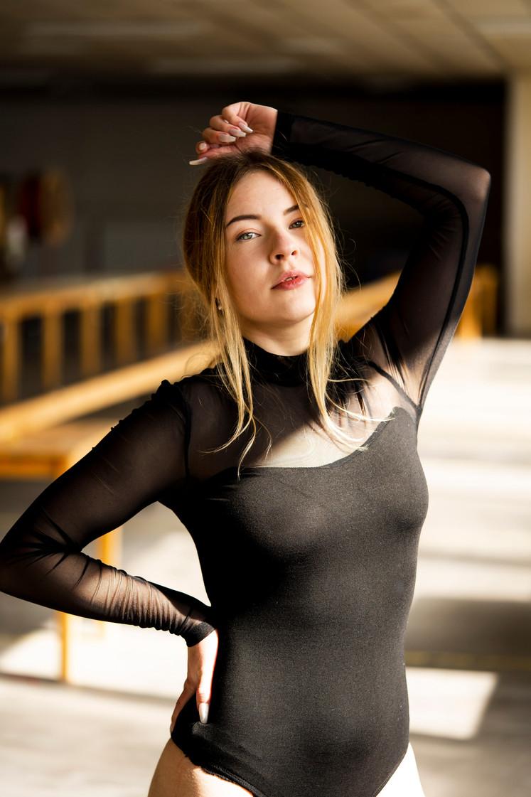 2020-Celina Portraits-07.jpg