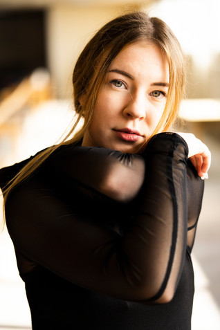 2020-Celina Portraits-08.jpg