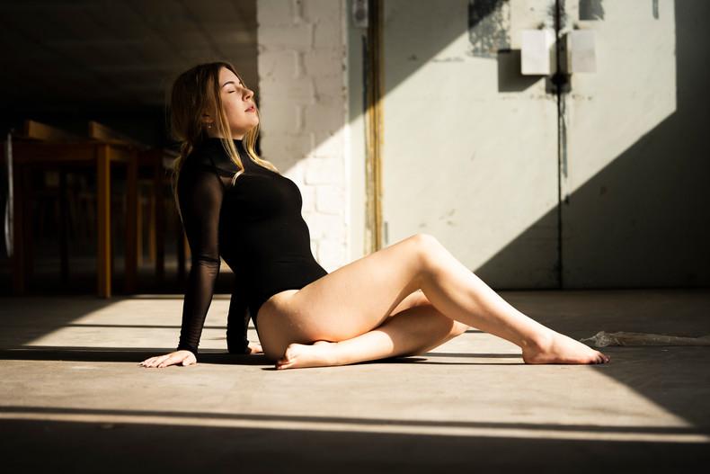 2020-Celina Portraits-10.jpg