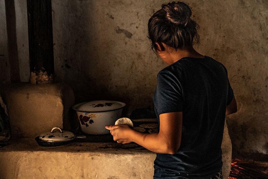 tortillas, maiz, mujer emprendedora, san pedro sula, honduras, copan, elias asaf, fotografo profesional, professional photographer, documentary