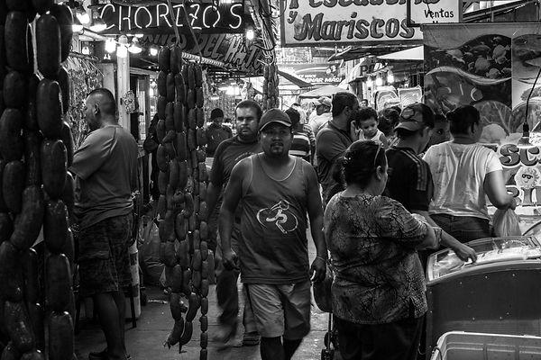 Elias assaf, san pedro sula, honduras, fotografo documental, professional photographer, mercado, carne, emprendedor