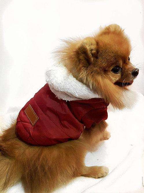 Теплая жилетка с пристегивающимся капюшоном красная