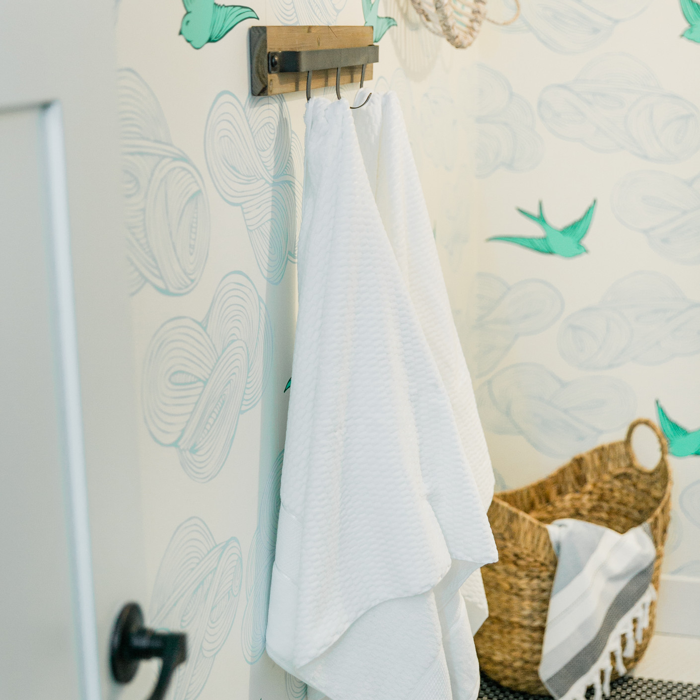 laundry room makover modern fresh Amanda George Interior Design bird wallpaper