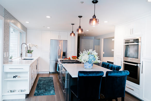modern rich blue and white Amanda George Interior Design