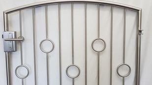 V2A Tür Ringreihe.jpg