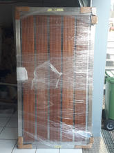 V2A Tür mit Holzfüllung.jpg