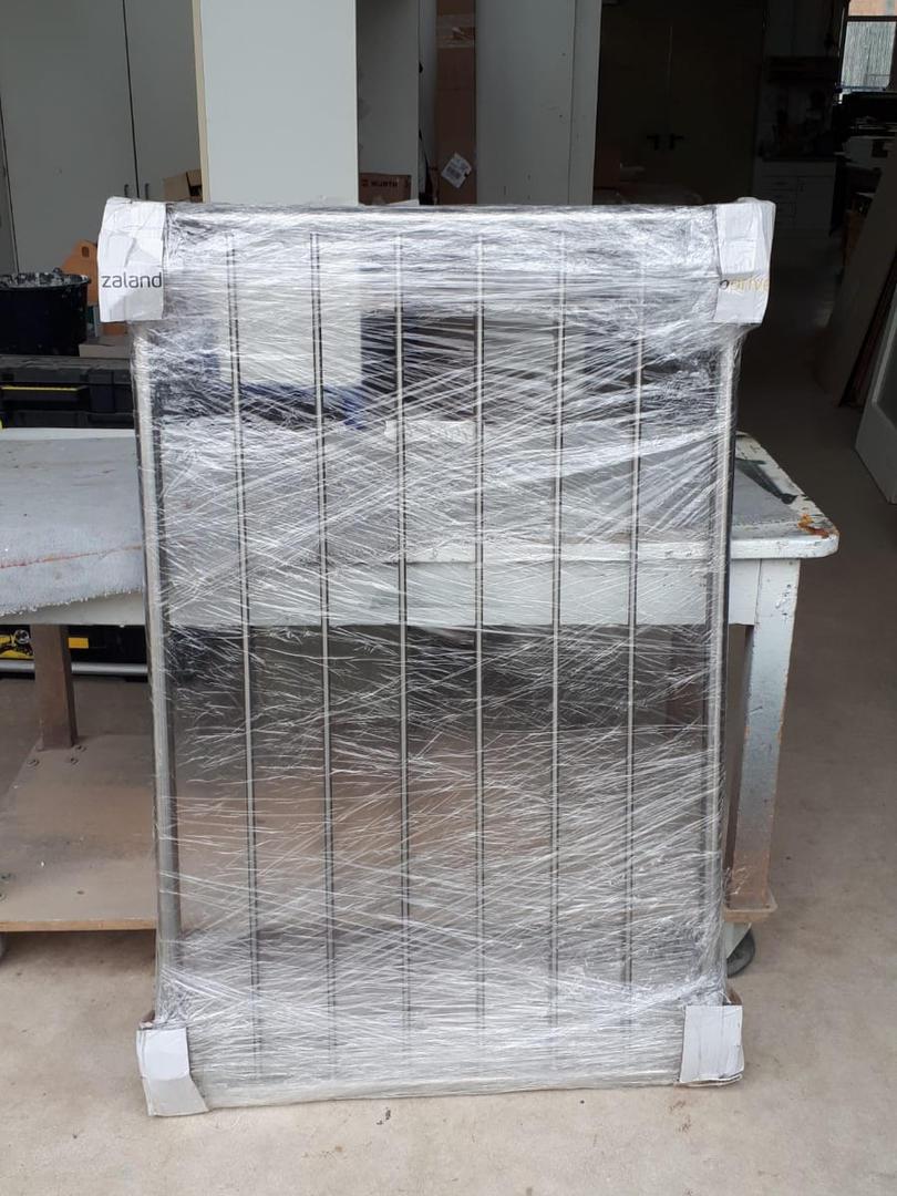 V2A Fenstergitter Modell Vertikalstab 2.