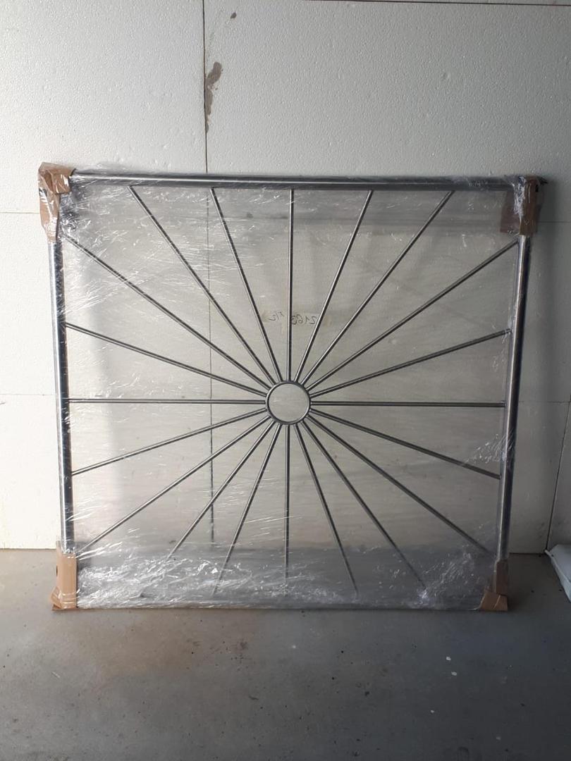 V2A Fenstergitter Sonne Kreis (2).jpg
