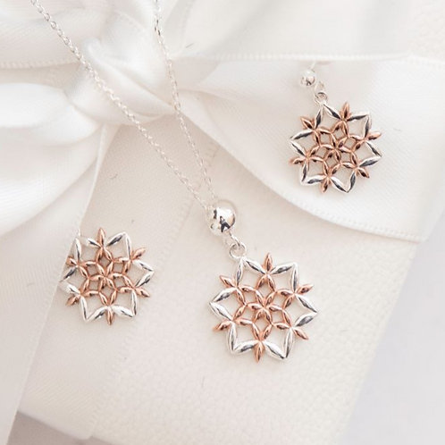 Two Tone Snowflake Set
