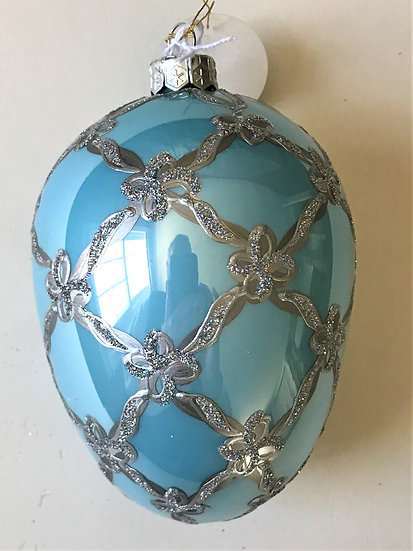 """#23 - Thomas Glenn """"Swan Egg Light Blue"""" Egg Christmas Ornament"""