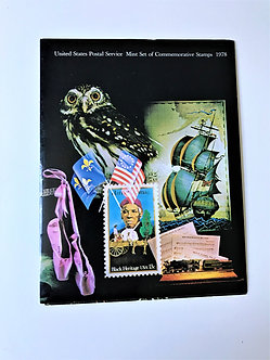 """Stamps """"USPS 1978 Commemorative Yearbook"""" Book & Mint Stamps"""