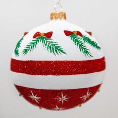2032 - Holidays Traditions