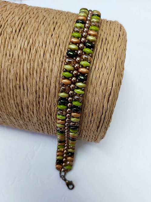Beaded bracelet by Bumblebead Crafts
