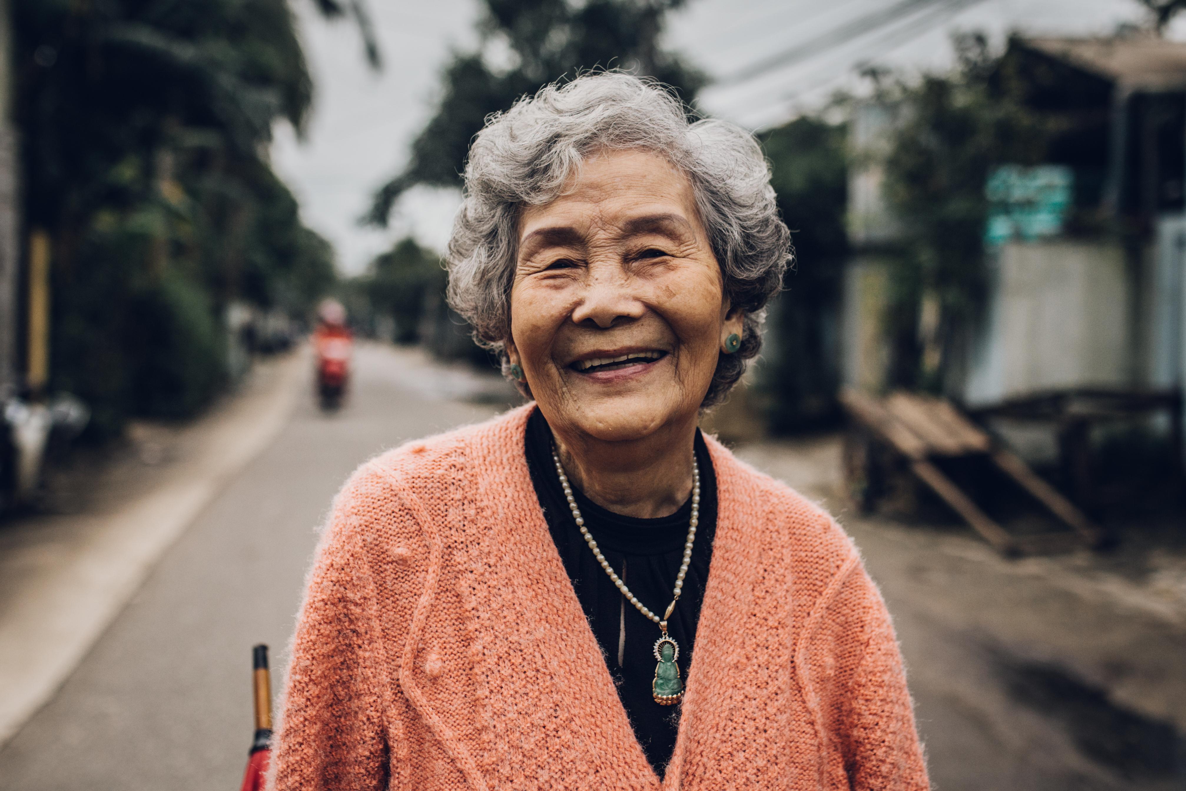 MaiThiThuyLien-LamBanh-KimLong-Hue122016_3377