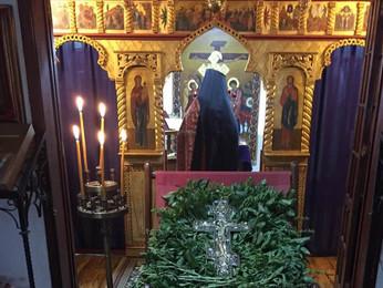 Божественная Литургия в праздник Воздвижения Креста Господня