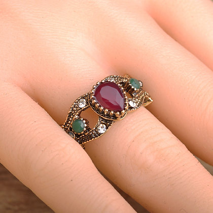 """""""Zumra"""" - Vintage Ring"""