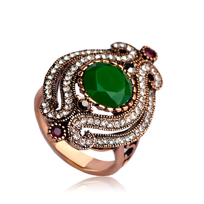 """Iesha"" - Emerald Scroll Ring"