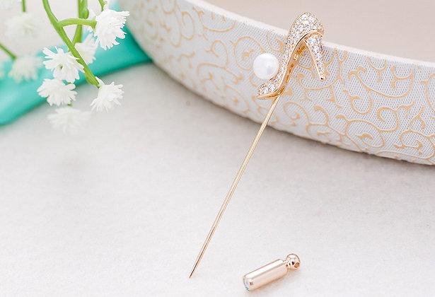"""""""Esita"""" - Pearl Brooch / Hijab Pin"""
