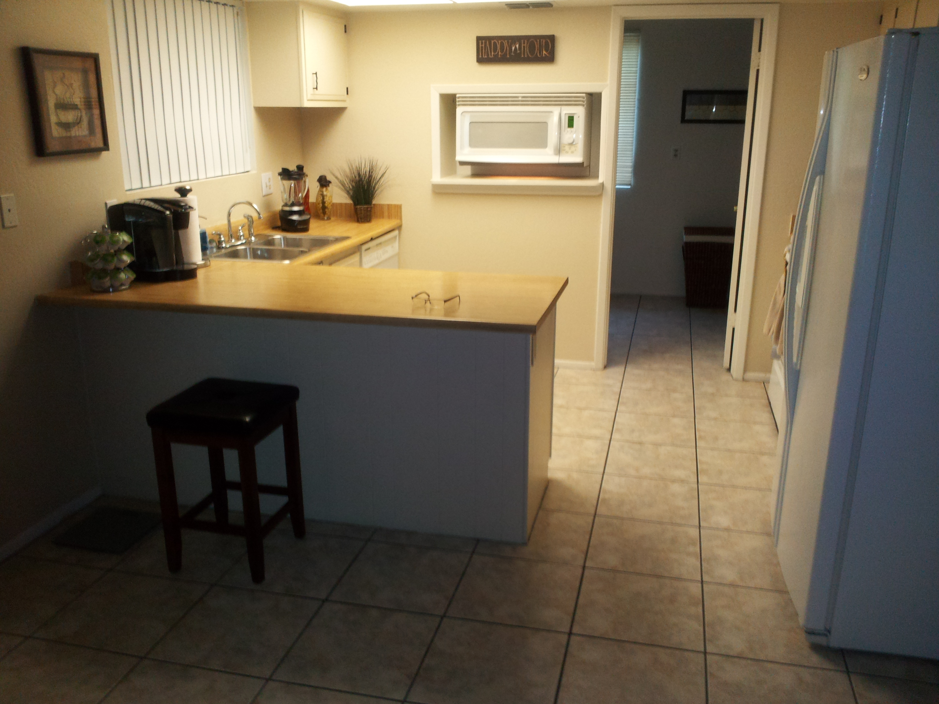 KITCHEN REMODEL (BEFORE)