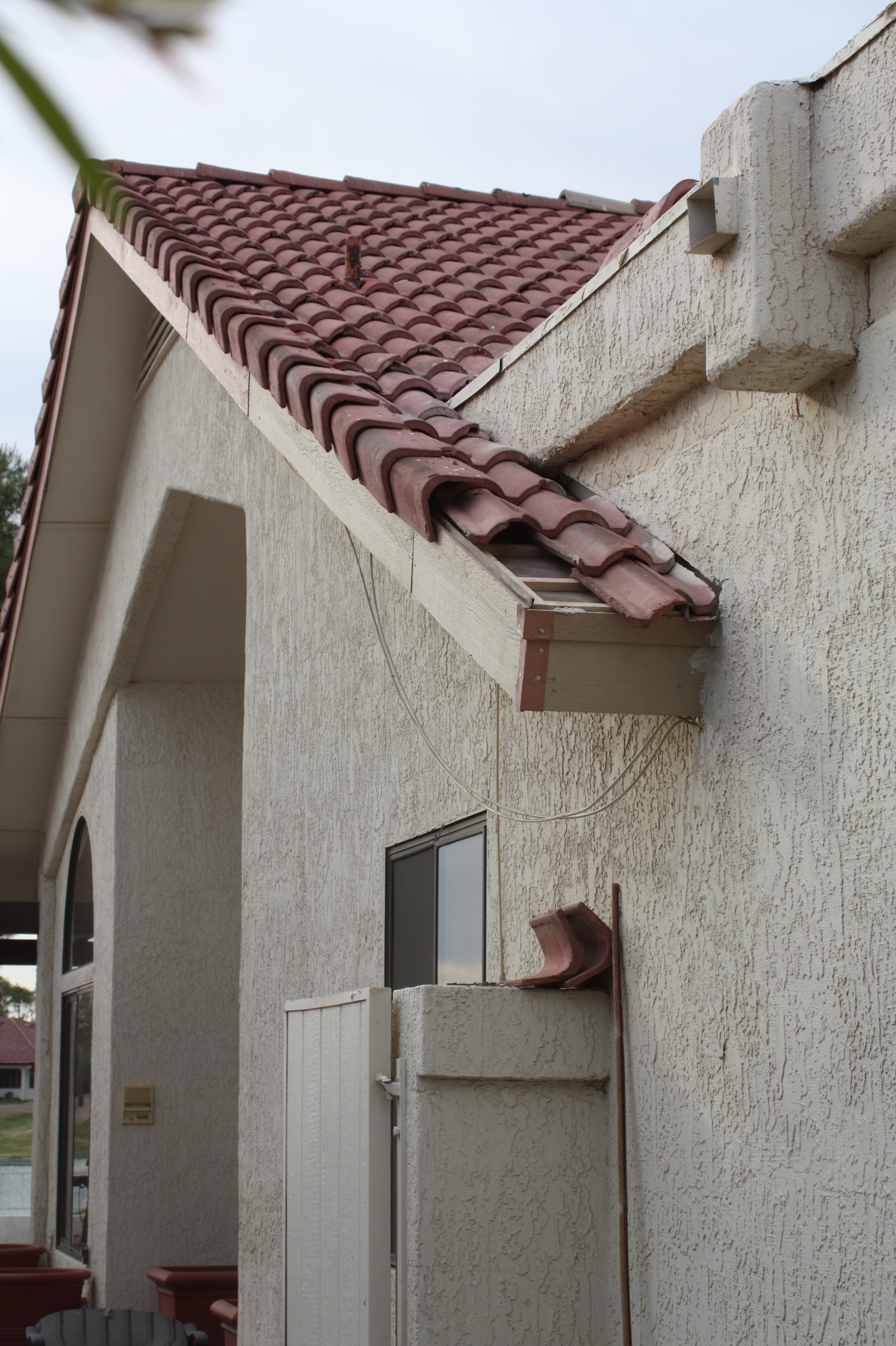 Roofline Refurbished - Photo 1
