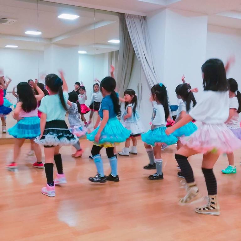 無料体験!小学1・2・2年生キッズダンス!