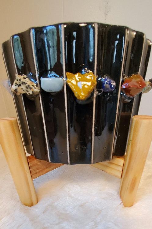 Crystal flowerpot (sold seperately)