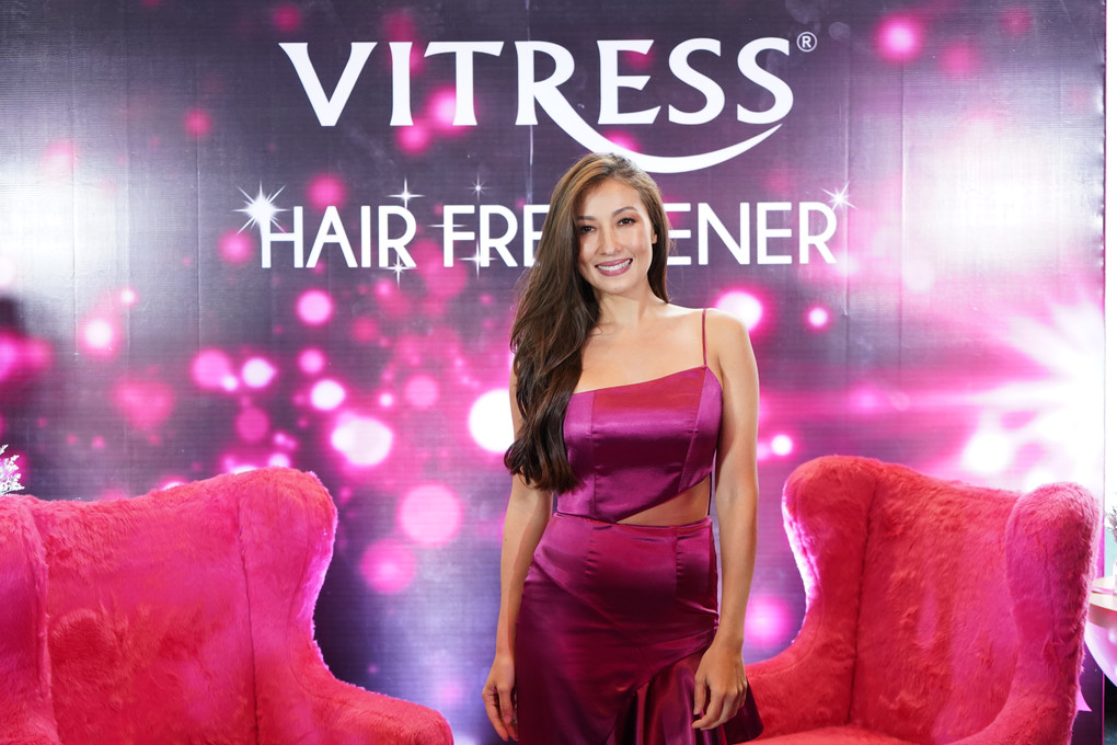 Brave every hair day with Vitress Hair Freshener