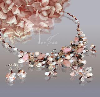 Kolia i kolczyki - perły, labradoryty