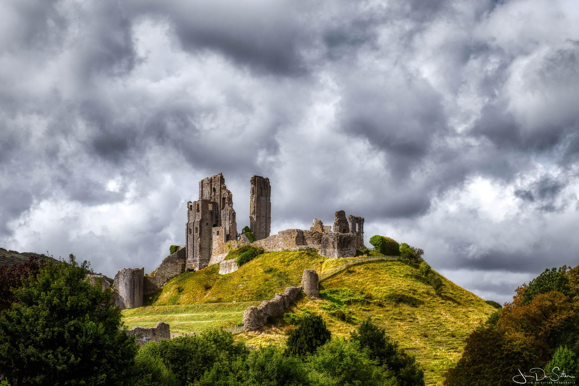 Landschapsfoto : Een dramatische foto  van een kasteel in de UK