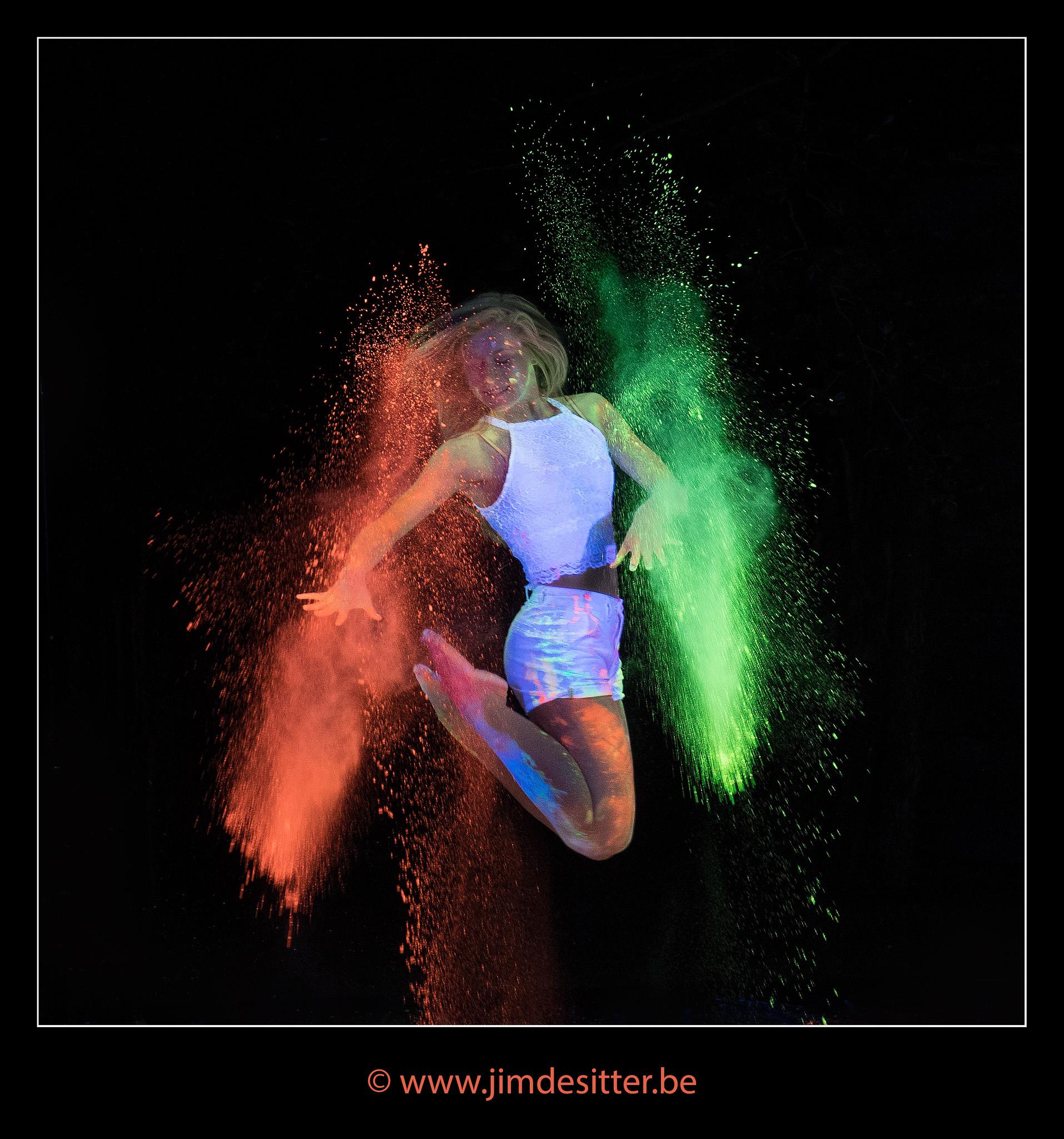 Fluo Dancing