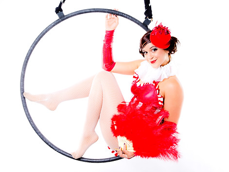 safia circus performer