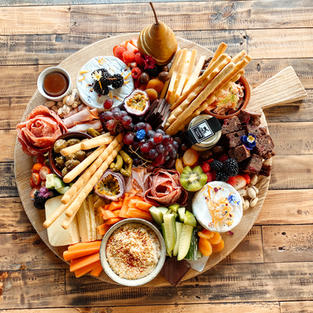 Platter Board + Cheese Knives Hire