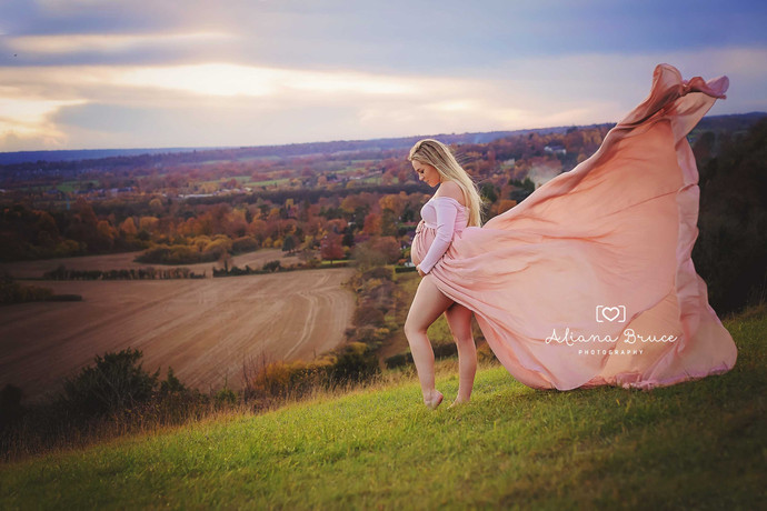 Maternity Photography fairy tale with a gorgeous mama to be