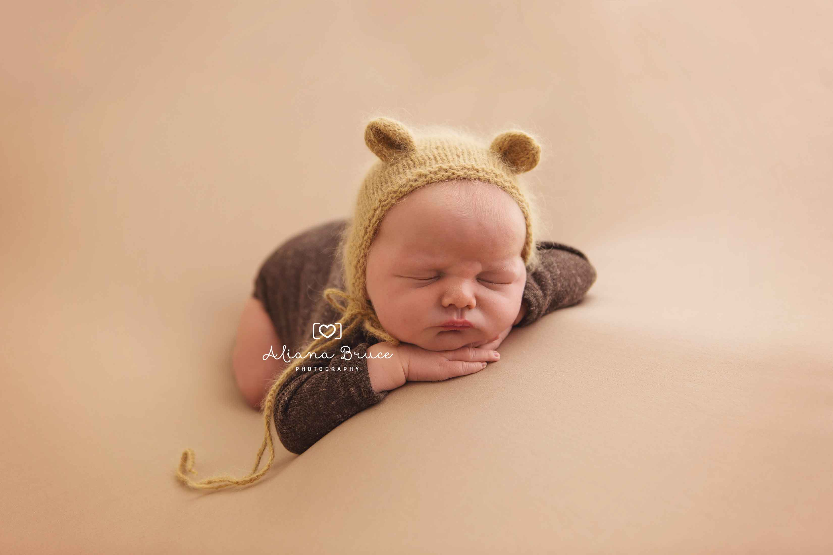 NEWBORN PHOTOGRAPHER SURREY