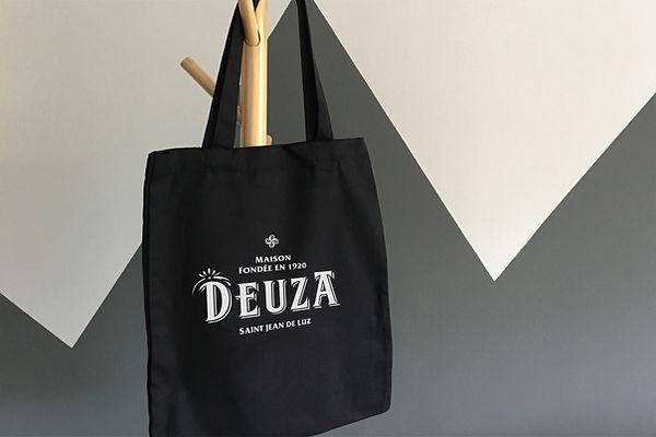 DEUZA.jpg