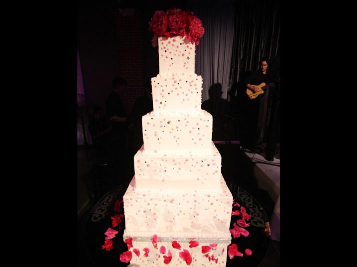 contemporary_cake
