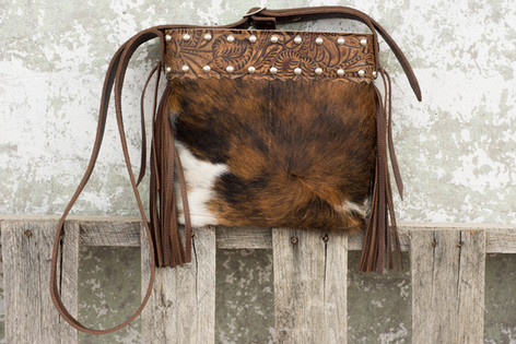 G23 Small 216 Cowhide Side Fringe