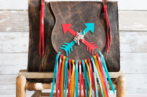 G01 Crossed Arrows with fringe