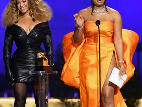 2021 グラミー賞 授賞式の衣装