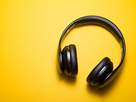 What's on your recently played podcast list? Here are 7 of ours!