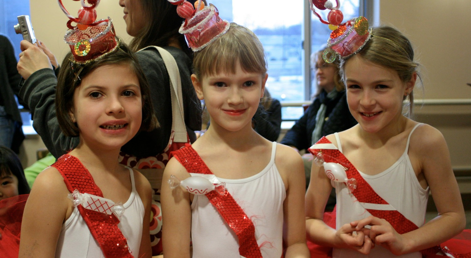 Nutcracker - Candy Canes backstage