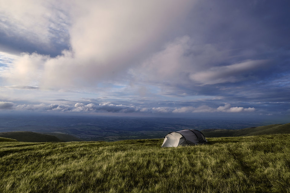 camping-2953935.jpg