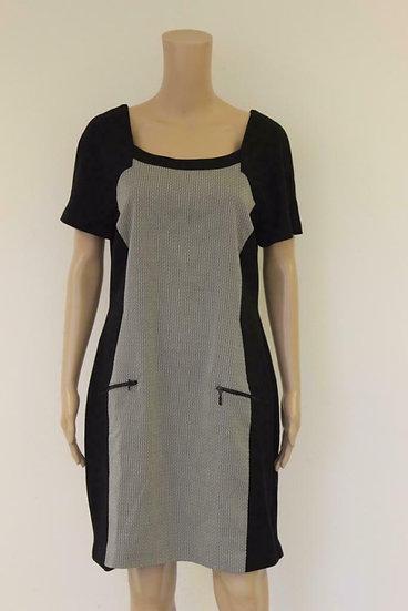 Expresso - Zwart/roomwitte jurk, maat 44