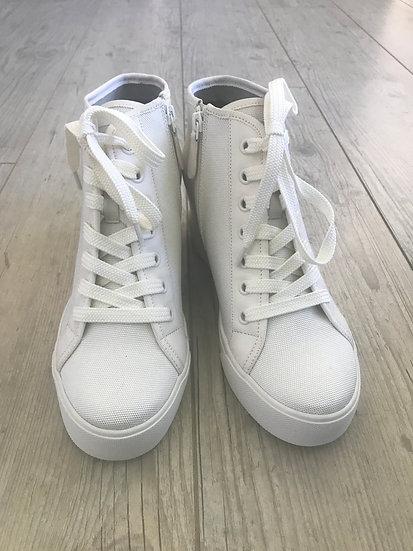 DKNY - Crème Wedge sneakers maat 40.5