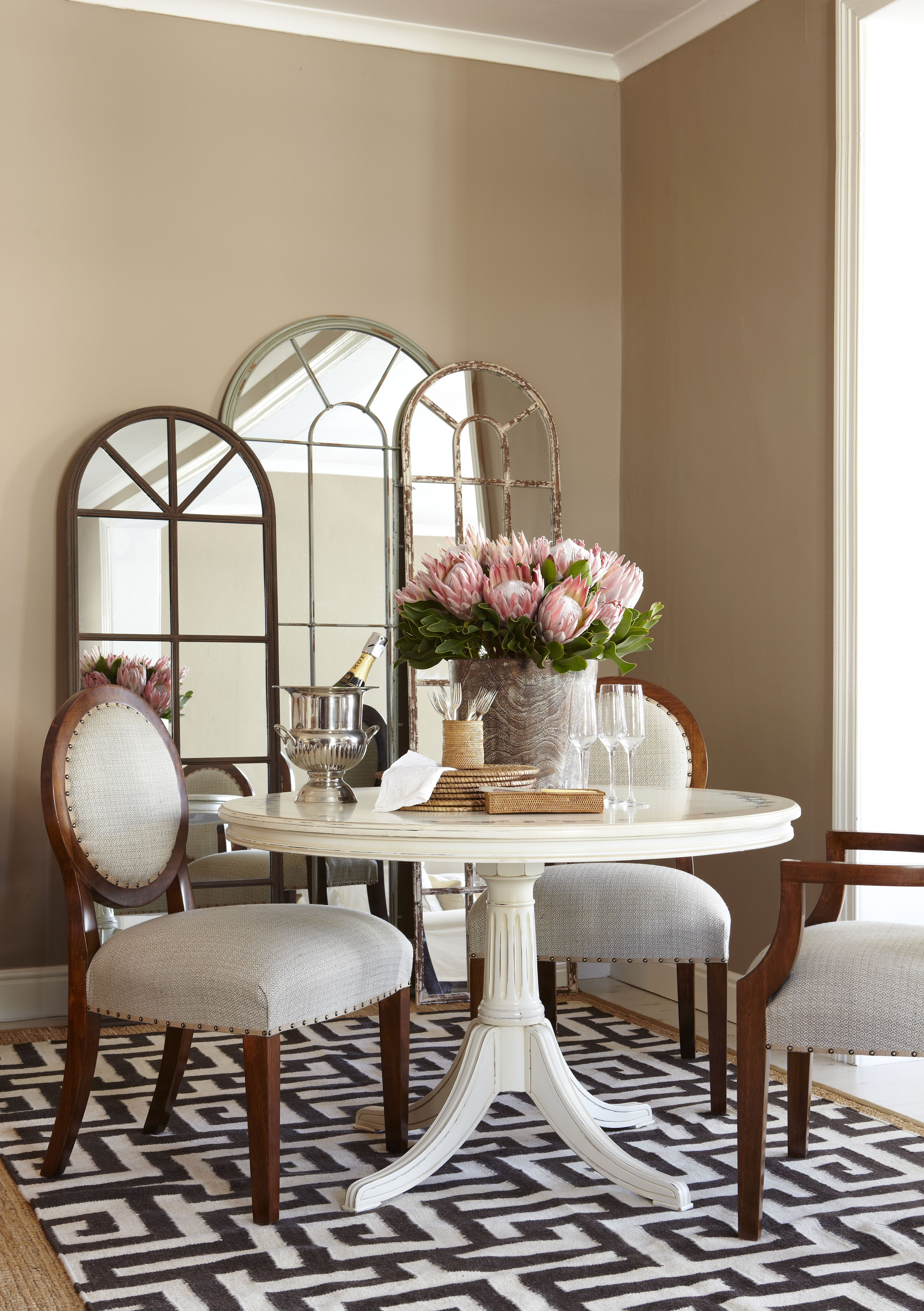 Classic Revivals dining setting Med res