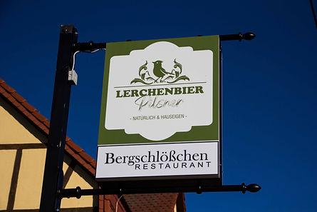 Zum Bergschlösschen Straßgräbchen - Restaurant & Partyservice