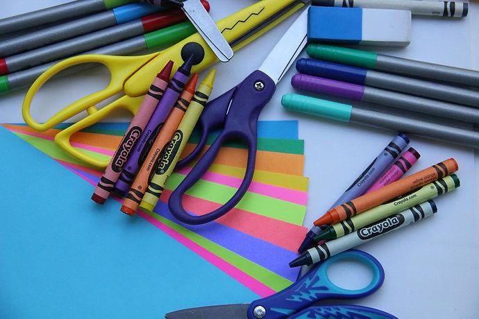 school-supplies-2690599_1280.jpg
