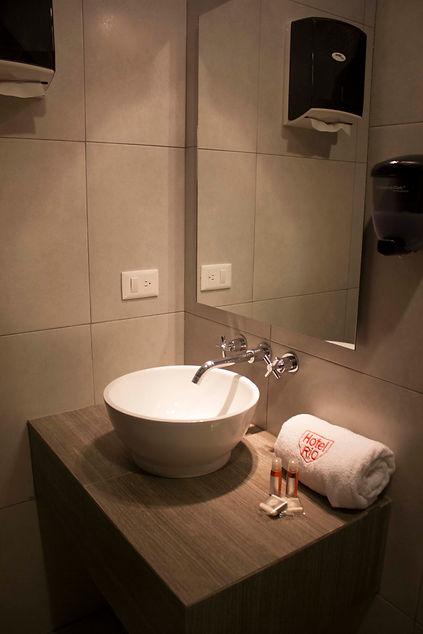 hotel-rio-detalle banio3.jpg