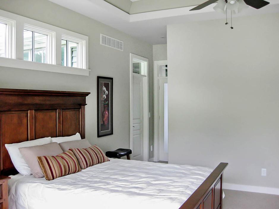 42 Master Bedroom.jpg